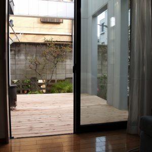 お部屋からの眺めが美しい サイプレスウッドデッキ