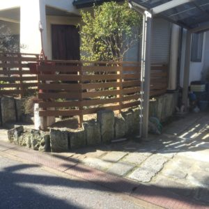 老朽化したウッドフェンスをイタウバでリニューアル