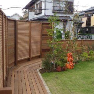 目隠しフェンスで作る特別なお庭